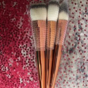 Other - Alamar brushes